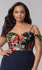 Image of short off-shoulder plus-size party dress in navy. Style: SOI-PS40032 Detail Image 1