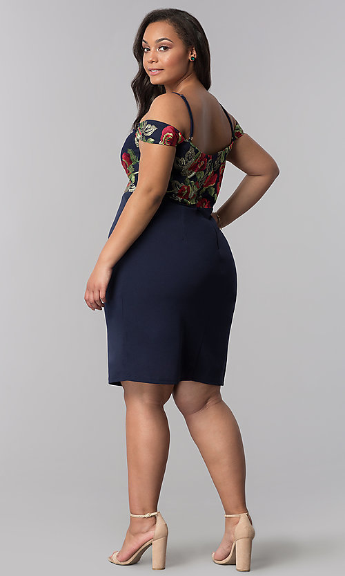 Image of short off-shoulder plus-size party dress in navy. Style: SOI-PS40032 Detail Image 3