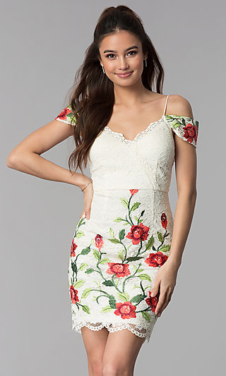 Floral-Embroidered Short Lace Graduation Dress