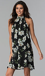 Image of short floral-print high-neck shift party dress. Style: ESL-62185D-K Detail Image 3