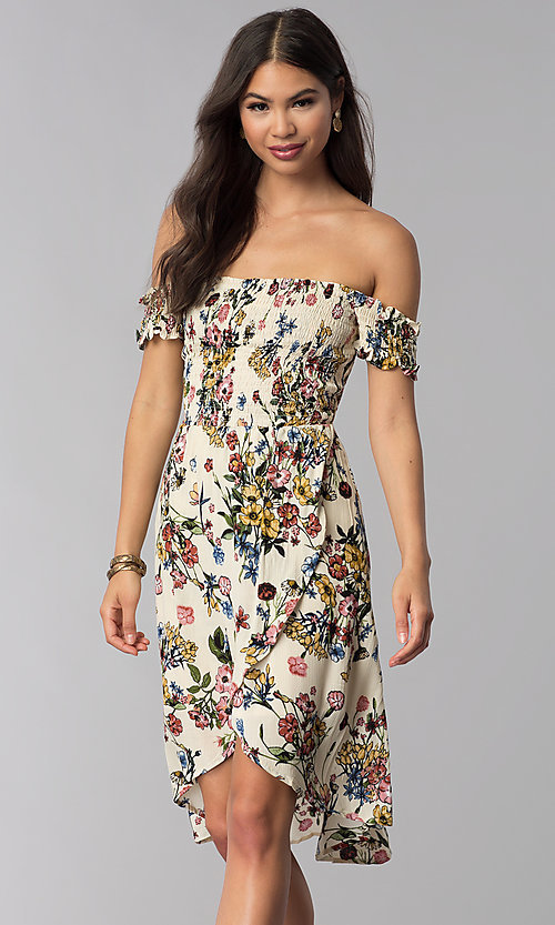 Image of floral-print mock-wrap off-shoulder casual dress. Style: ESL-62971D-P Detail Image 3