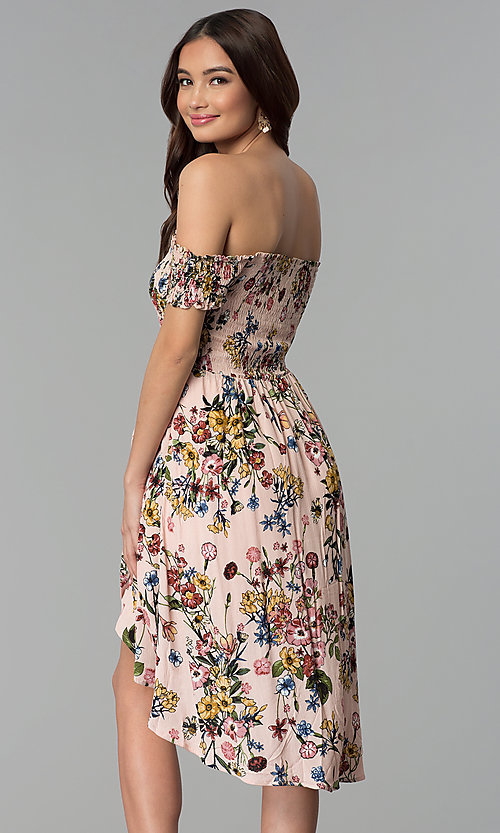 Image of floral-print mock-wrap off-shoulder casual dress. Style: ESL-62971D-P Back Image