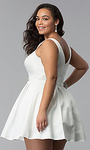 Image of v-neck a-line plus-size short prom dress in satin. Style: DQ-9514P Back Image