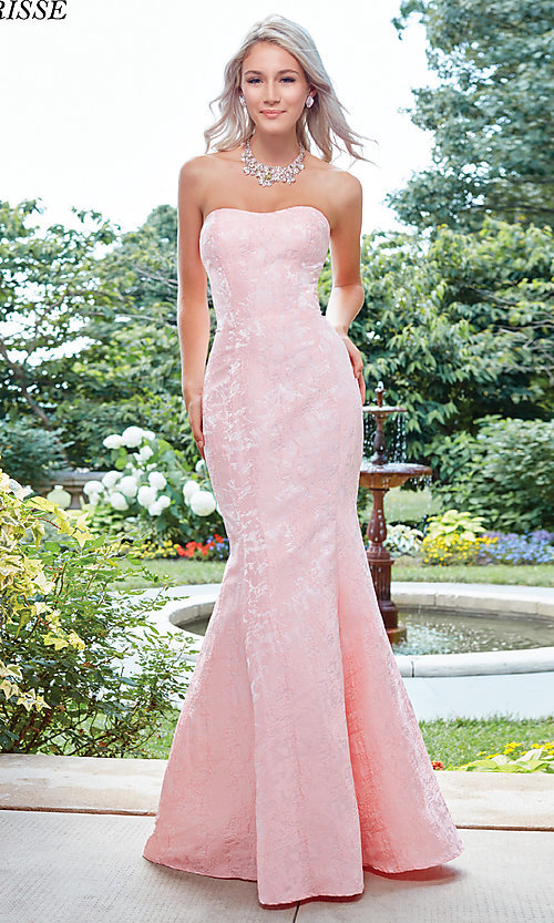 Mermaid-Style Prom Dress with a Strapless Neckline