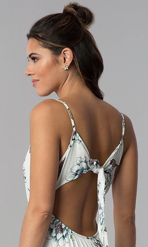 Image of casual floral-print maxi-length dress with open back. Style: BLH-BD1620 Detail Image 2