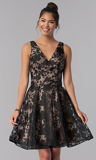 Short Black A-Line Floral-Print Homecoming Dress