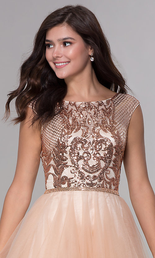 Image of short sequined-bodice a-line homecoming dress. Style: NA-Y645 Detail Image 1