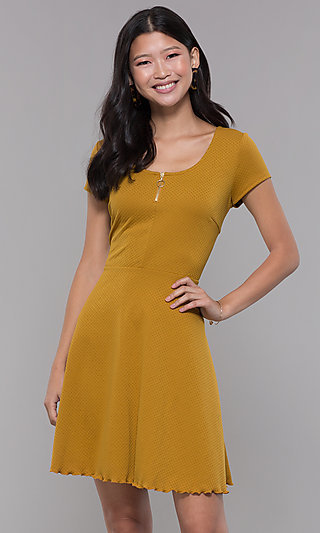 Short-Sleeve Casual A-Line Party Dress