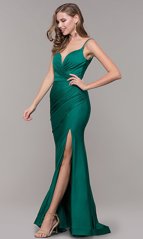 Image of sleeveless long v-back ruched formal dress. Style: CD-2032 Detail Image 6