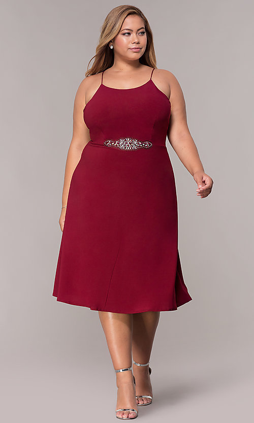 Image of burgundy plus-size knee-length MOB dress with shawl. Style: MCR-2357 Detail Image 3