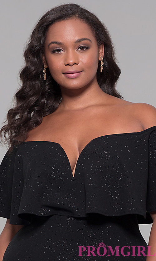Image of off-the-shoulder long holiday plus-size dress. Style: SY-IXD6082AP Detail Image 1