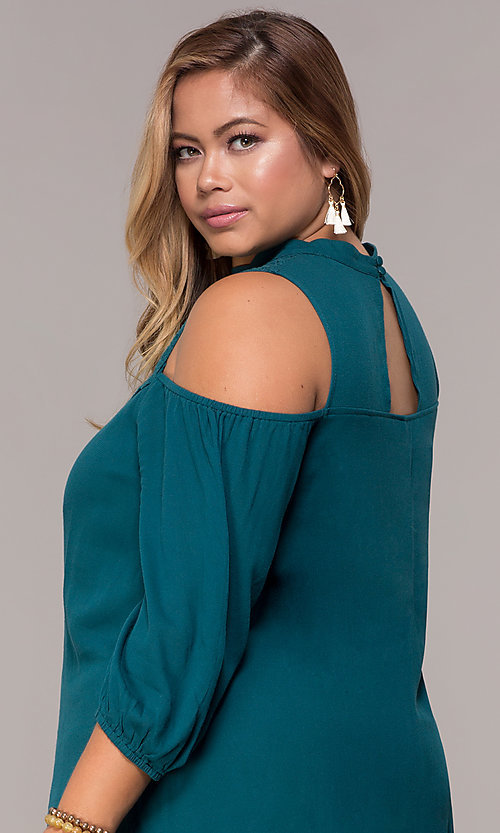 Image of short cold-shoulder teal plus shift party dress. Style: SY-KXD5921CY Detail Image 2