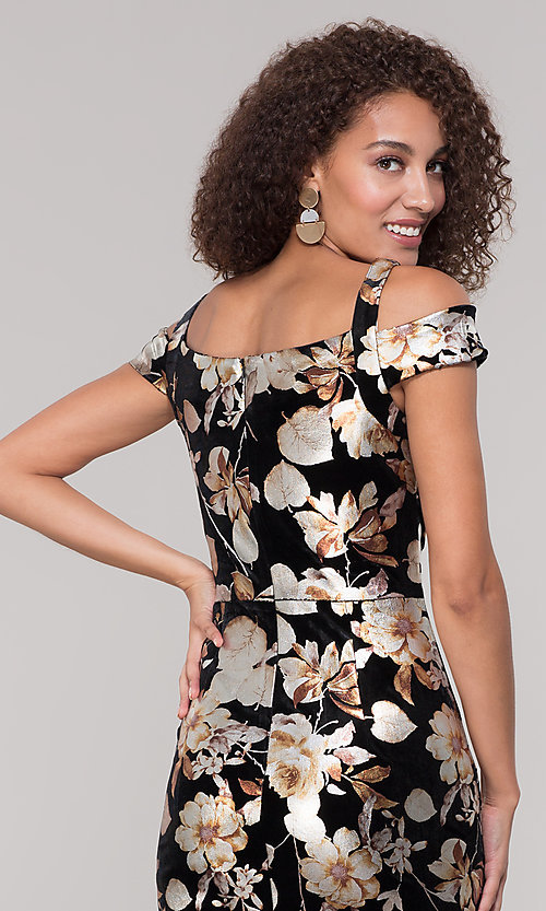Image of floral-print knee-length wedding-guest dress. Style: ECI-719859-75557V Detail Image 2
