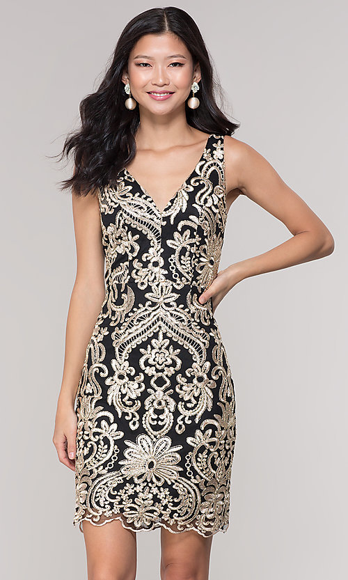 Image of sleeveless short print holiday party dress. Style: SOI-S18553B65 Front Image
