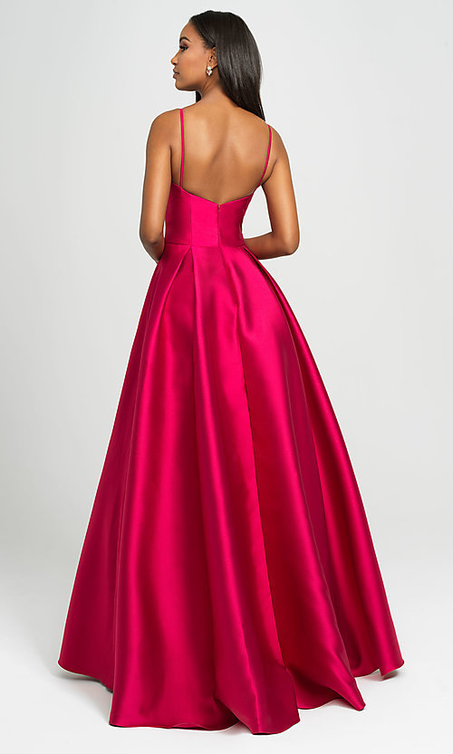Image of long prom ball gown with pockets. Style: NM-19-107 Detail Image 6