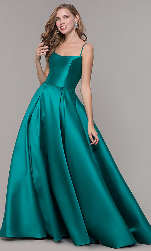 Image of long prom ball gown with pockets. Style: NM-19-107 Detail Image 1