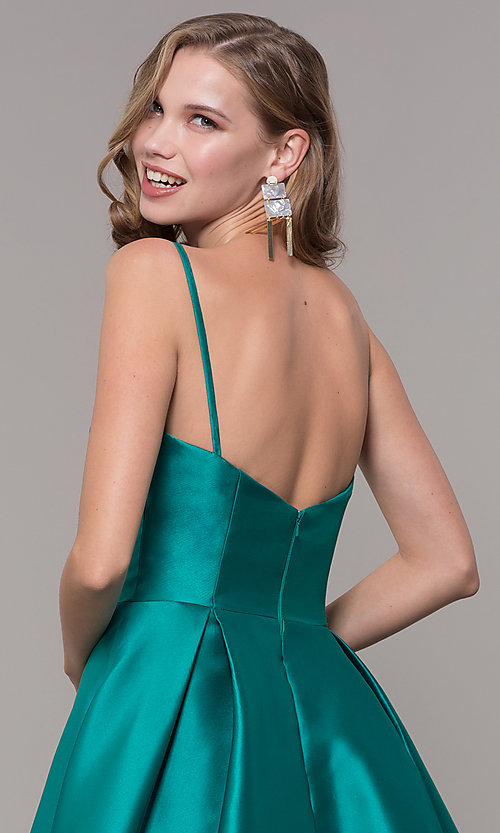 Image of long prom ball gown with pockets. Style: NM-19-107 Detail Image 2