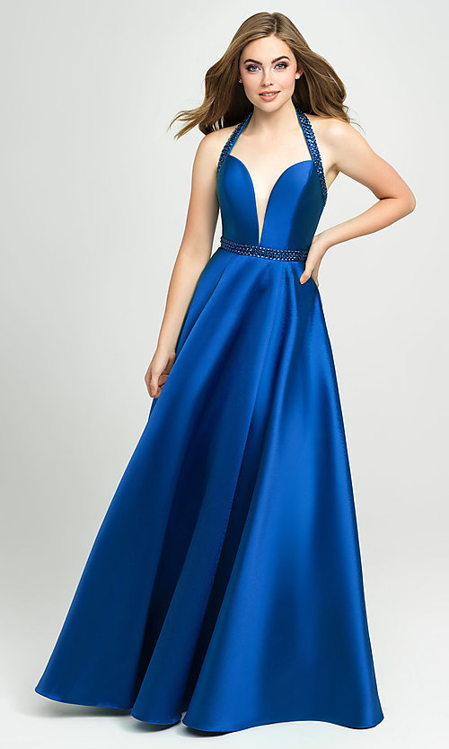 Image of v-neck halter formal prom dress with back cut out. Style: NM-19-171 Detail Image 7