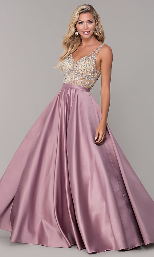 Image of long open-back v-neck prom dress Style: DQ-2568 Detail Image 4