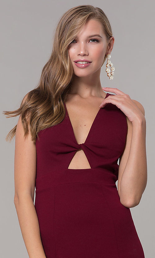 Image of fitted long formal v-neck open-back dress. Style: CL-46933 Detail Image 1