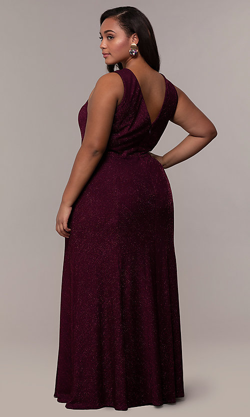 Image of long glitter-knit plus-size prom dress. Style: MO-21712W Detail Image 5