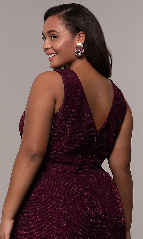 Image of long glitter-knit plus-size prom dress. Style: MO-21712W Detail Image 7