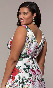 Image of long floral-print plus-size prom dress by PromGirl. Style: SC-PL-PG-G Detail Image 2