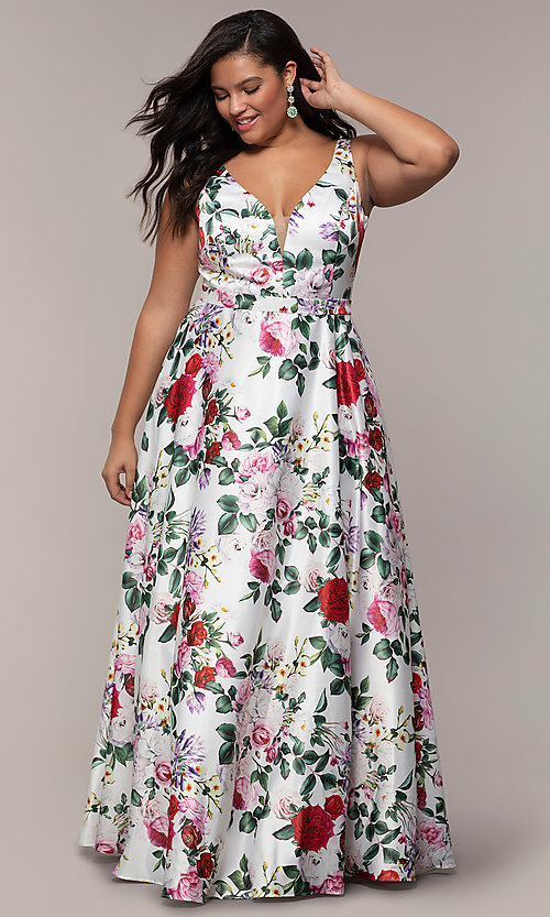 Image of long floral-print plus-size prom dress by PromGirl. Style: SC-PL-PG-G Detail Image 3