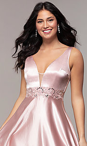 Image of long crushed-satin v-neck prom dress by PromGirl. Style: LP-25583 Detail Image 1