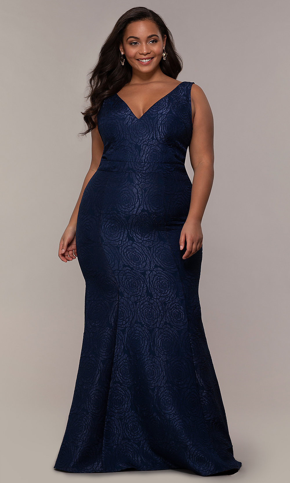 Long Mermaid-Style Plus-Size Prom Dress