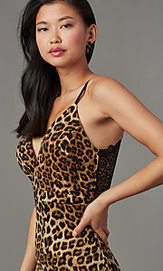 Image of lace-back leopard-print short party dress. Style: EM-HIY-4061-023 Detail Image 1
