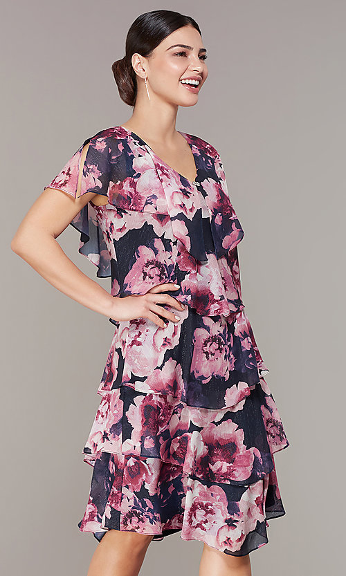 c5ed753ddc0 Image of tiered floral-print short wedding-guest dress. Style  IT-