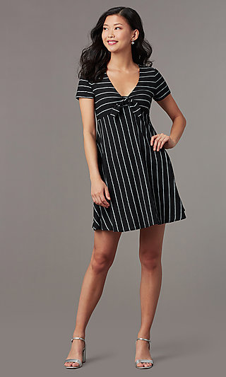 Short Casual Party Dress with Stripes