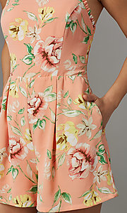 Image of floral-print short casual party romper. Style: AS-JH-L7055D45E34 Detail Image 2