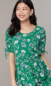 Image of short casual floral-print short-sleeve party dress. Style: SS-JA99722GVH Detail Image 1