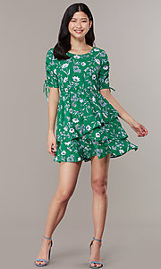 Image of short casual floral-print short-sleeve party dress. Style: SS-JA99722GVH Detail Image 3