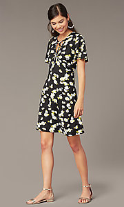 Image of short casual floral-print party dress with sleeves. Style: EM-HJO-4175-039 Front Image
