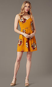 Image of short floral-print v-neck summer party dress. Style: EM-HKB-4187-711 Front Image