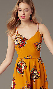 Image of short floral-print v-neck summer party dress. Style: EM-HKB-4187-711 Detail Image 1