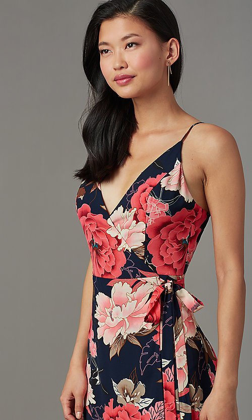 Image of maxi-length floral-print wedding-guest party dress. Style: SOI-M18079-B48 Detail Image 1
