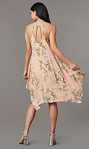 Image of short peach print casual wedding-guest dress. Style: VJ-LD42814 Back Image