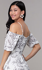 Image of maxi off-the-shoulder print graduation party dress. Style: FAN-AKD0006 Detail Image 2
