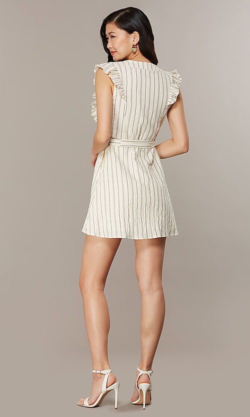 Style: CHE-D16026CUY Back Image