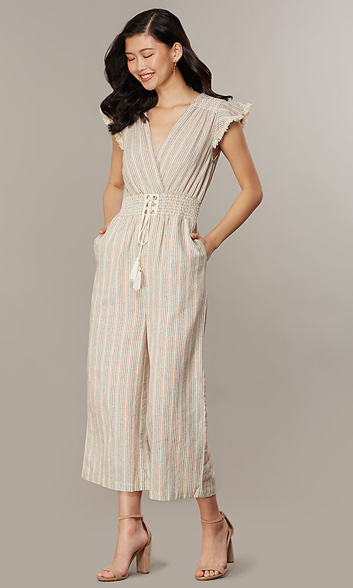 Image of cropped-leg v-neck casual jumpsuit with stripes. Style: CHE-JS16104COQ Detail Image 6