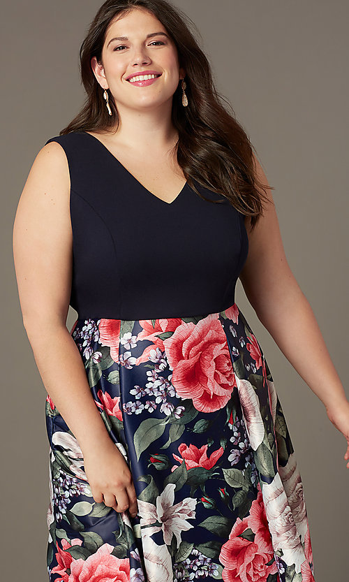 Image of plus-size short v-neck print-skirt party dress. Style: MCR-2623 Detail Image 1