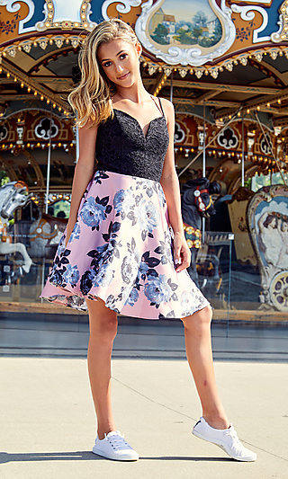 Short Sweetheart A-Line Homecoming Dress