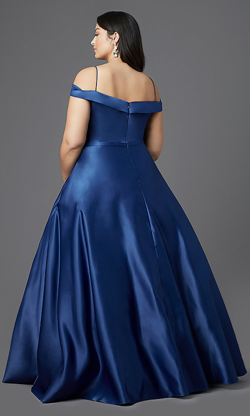 Image of long navy blue plus-size prom dress by PromGirl. Style: SC-PL-PG-2002 Back Image