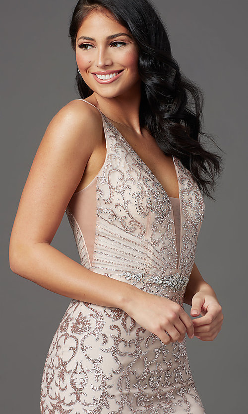 Image of long v-neck formal prom dress with glitter print. Style: SOI-W19092 Detail Image 6
