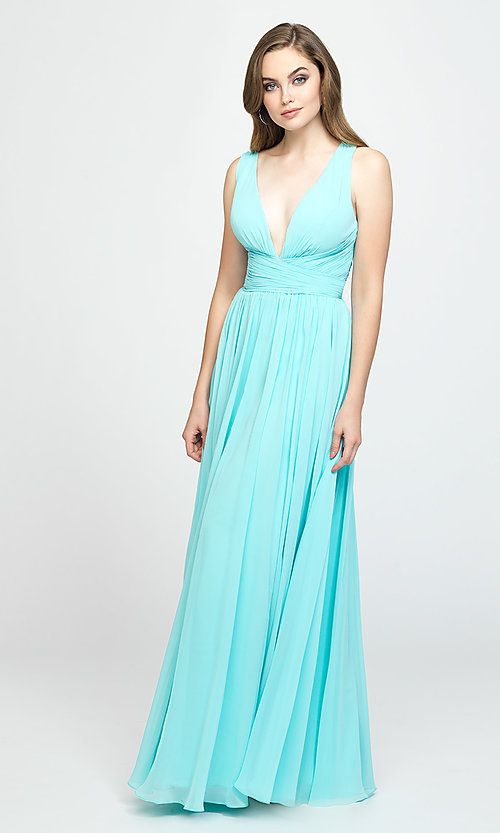 Image of Madison James v-neck long ruched prom dress. Style: NM-19-193 Detail Image 2