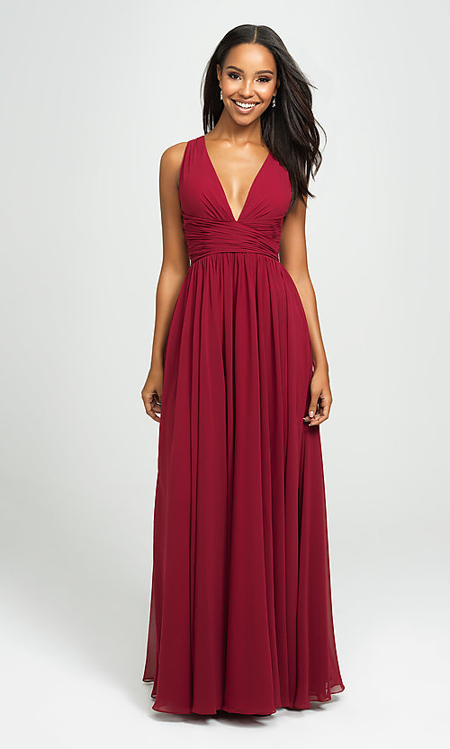 Image of Madison James v-neck long ruched prom dress. Style: NM-19-193 Detail Image 4